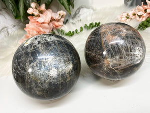 Contempo Crystals - Gray Moonstone Spheres - Image 4