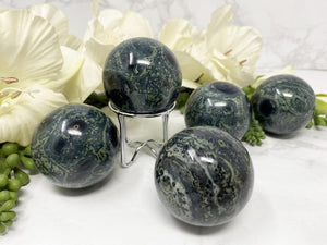 Contempo Crystals - Green and Kambaba Jasper Crystal Spheres for Sale - Image 6