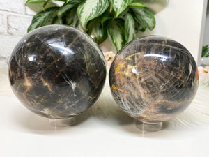 Contempo Crystals - Gray Moonstone Spheres - Image 8