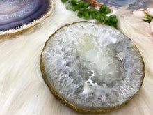 Load image into Gallery: Contempo Crystals - Quartz Chalcedony Agate Crystal Ring Dishes - Image 5