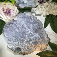 Load image into Gallery: Contempo Crystals - Large Lavender Quartz Plate. Top view - Image 6