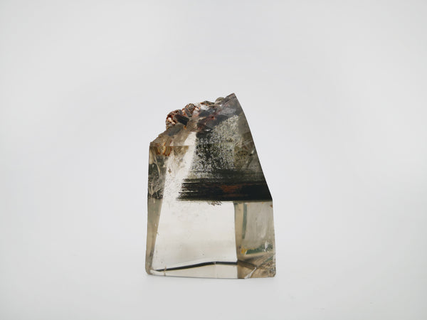Meralt, quartz crystal specimen with chlorite inclusions and mica