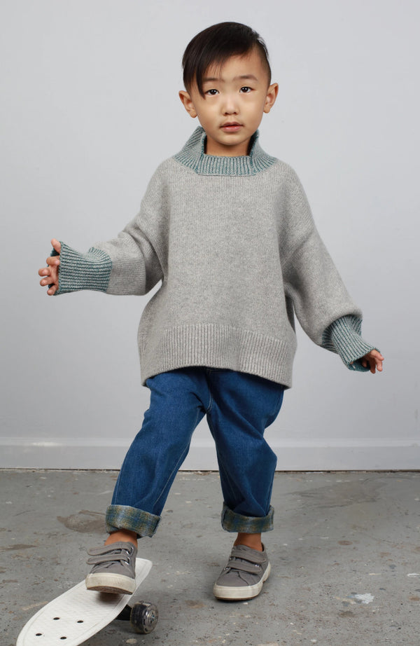N°1 TWO-TONE PULLOVER WITH STAND-UP COLLAR