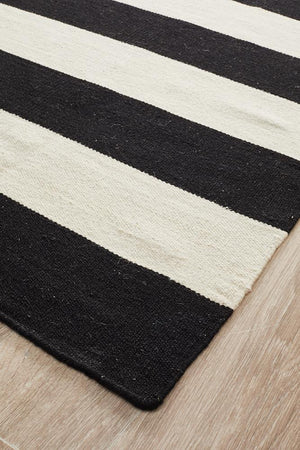 Nomad Pure Wool Flatweave 16 Black Runner