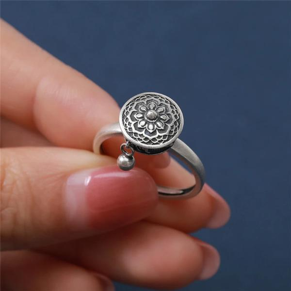 Silver Spinning Ring - Smiley Giant