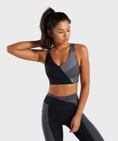 Gymshark Colour Block Sports Bra - Black/Charcoal/Smokey Grey 7