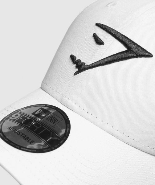 Gymshark New Era 9FORTY Adjustable- White/Black 2