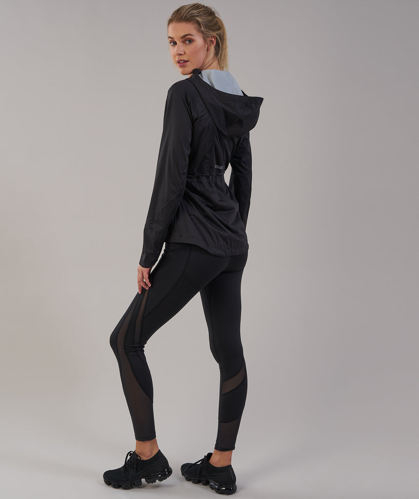 Gymshark Sleek Running Raincoat - Black 2