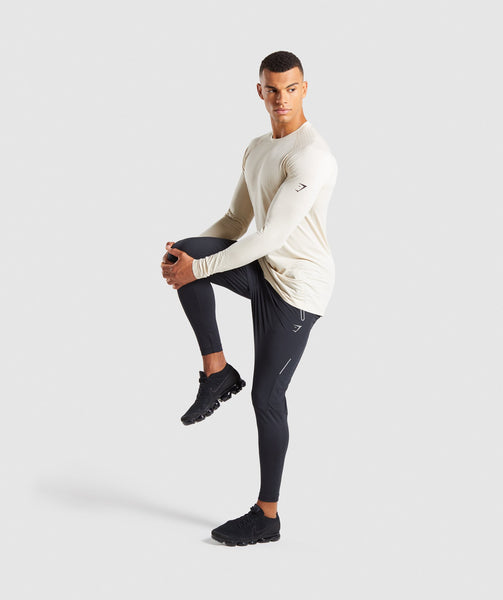 Gymshark Superior Lightweight Seamless Long Sleeve T-Shirt - Warm Beige 3