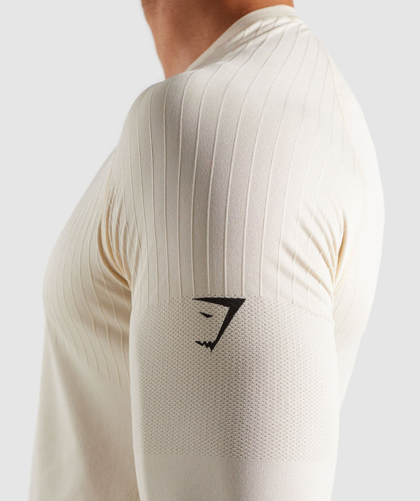 Gymshark Superior Lightweight Seamless Long Sleeve T-Shirt - Warm Beige 5