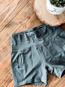 Calcao Highwaist Yoga Shorts