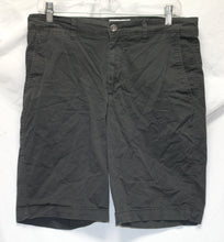 Load image into Gallery viewer, Goodfellow & Co. Gray Shorts Size 30