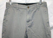 Load image into Gallery viewer, Volcom Gray Shorts Size 28