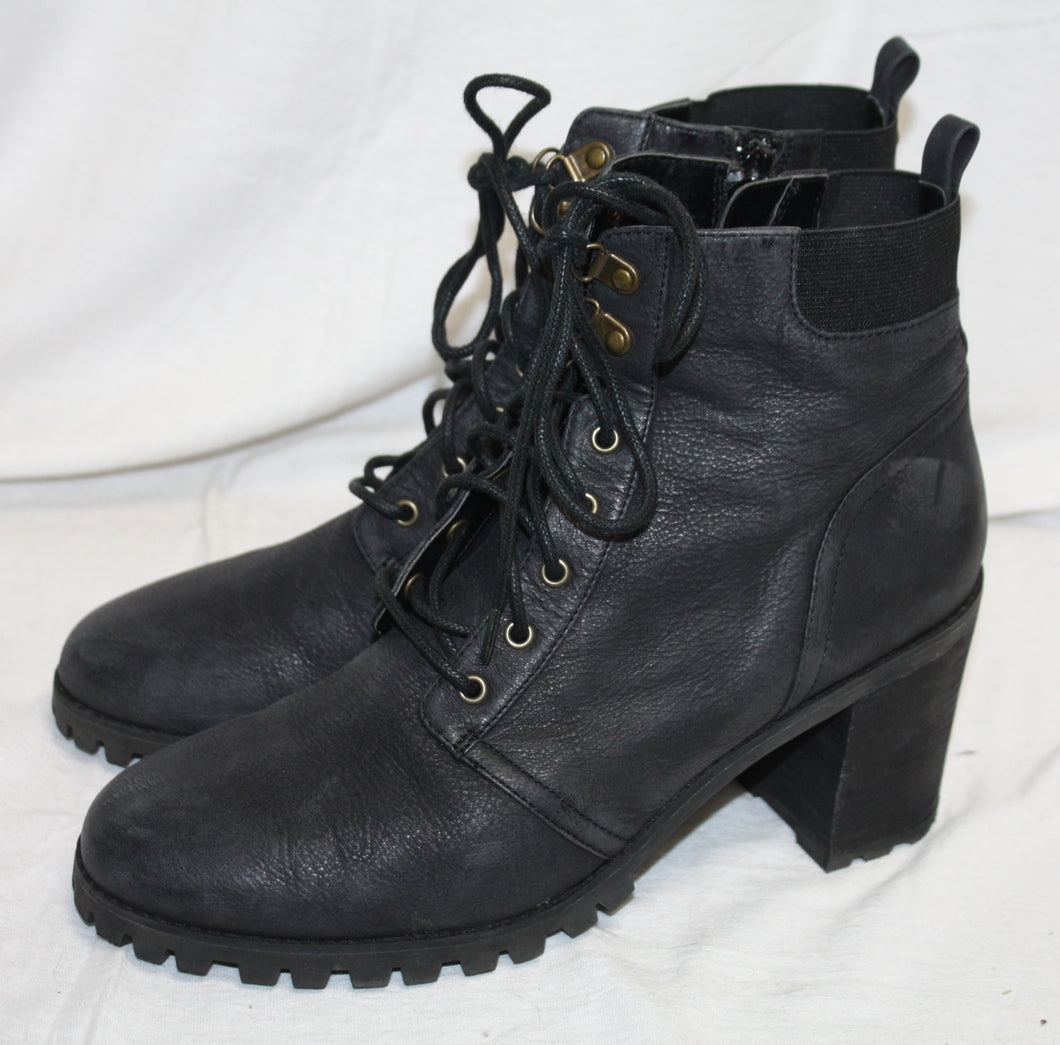 Melrose & Market Black Leather Heeled Ankle Boot Size 9M