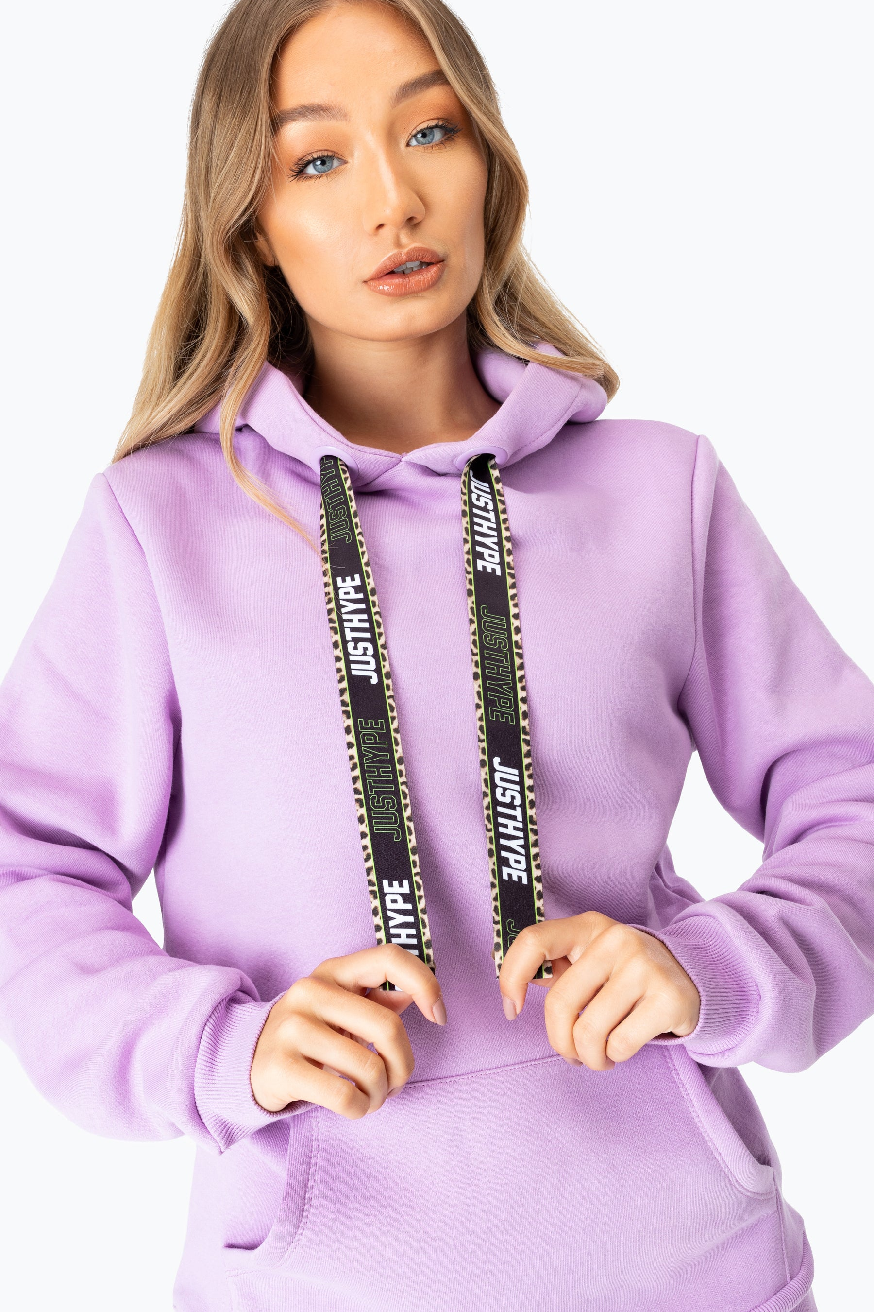 Hype Lilac Leopard Drawstring Bag Women's Pullover Hoodie | Size 8