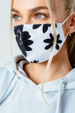 HYPE ADULT BLACK BOLD FLORAL ADJUSTABLE FACE MASK