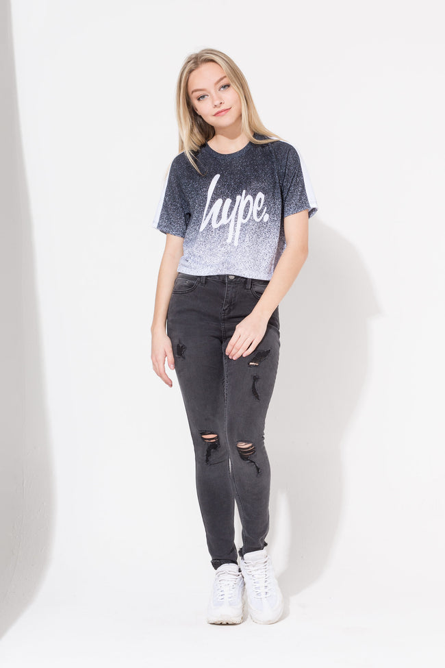 HYPE BLACK SPECKLE FADE SCRIPT KIDS CROP T-SHIRT