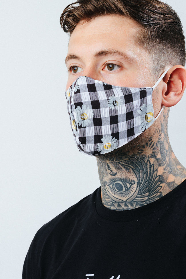 HYPE ADULT BLACK CHECK DAISY FACE MASK