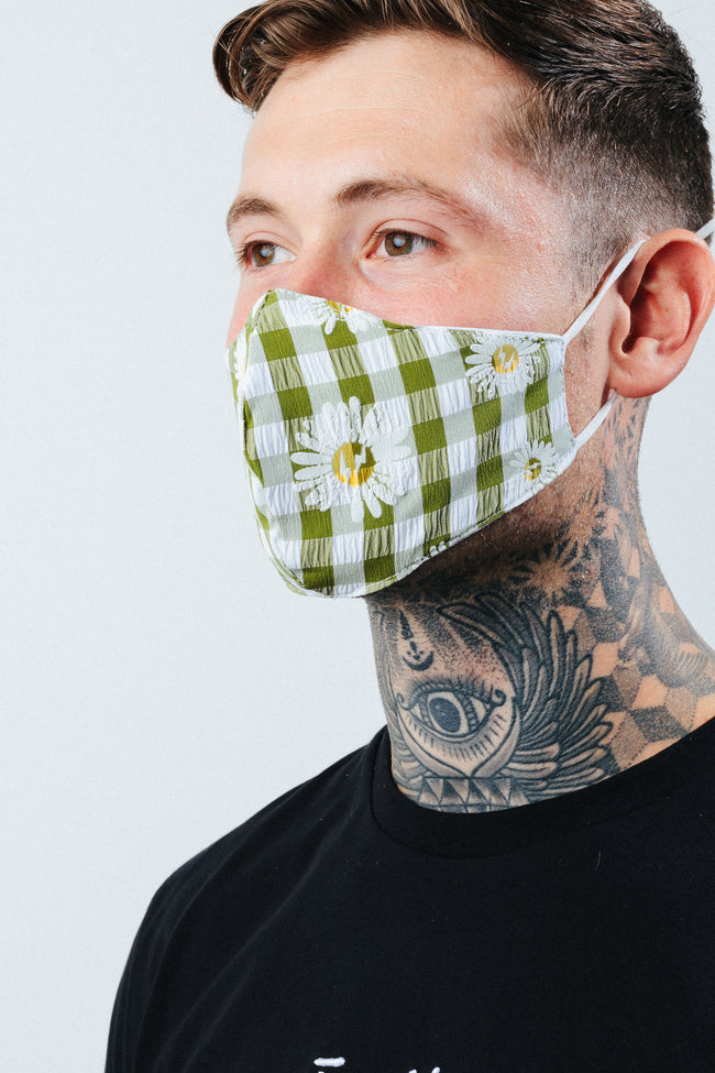 HYPE ADULT GREEN CHECK DAISY FACE MASK