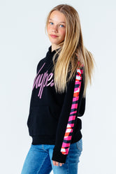 HYPE BLACK & PINK ANIMAL PANEL KIDS PULLOVER HOODIE