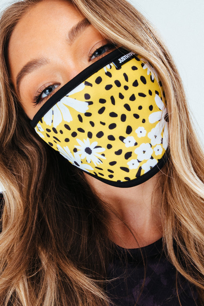 HYPE 3X ADULT ABSTRACT WOMENS FACE MASK SET