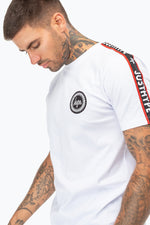 HYPE WHITE JH RACE TAPE MEN'S T-SHIRT