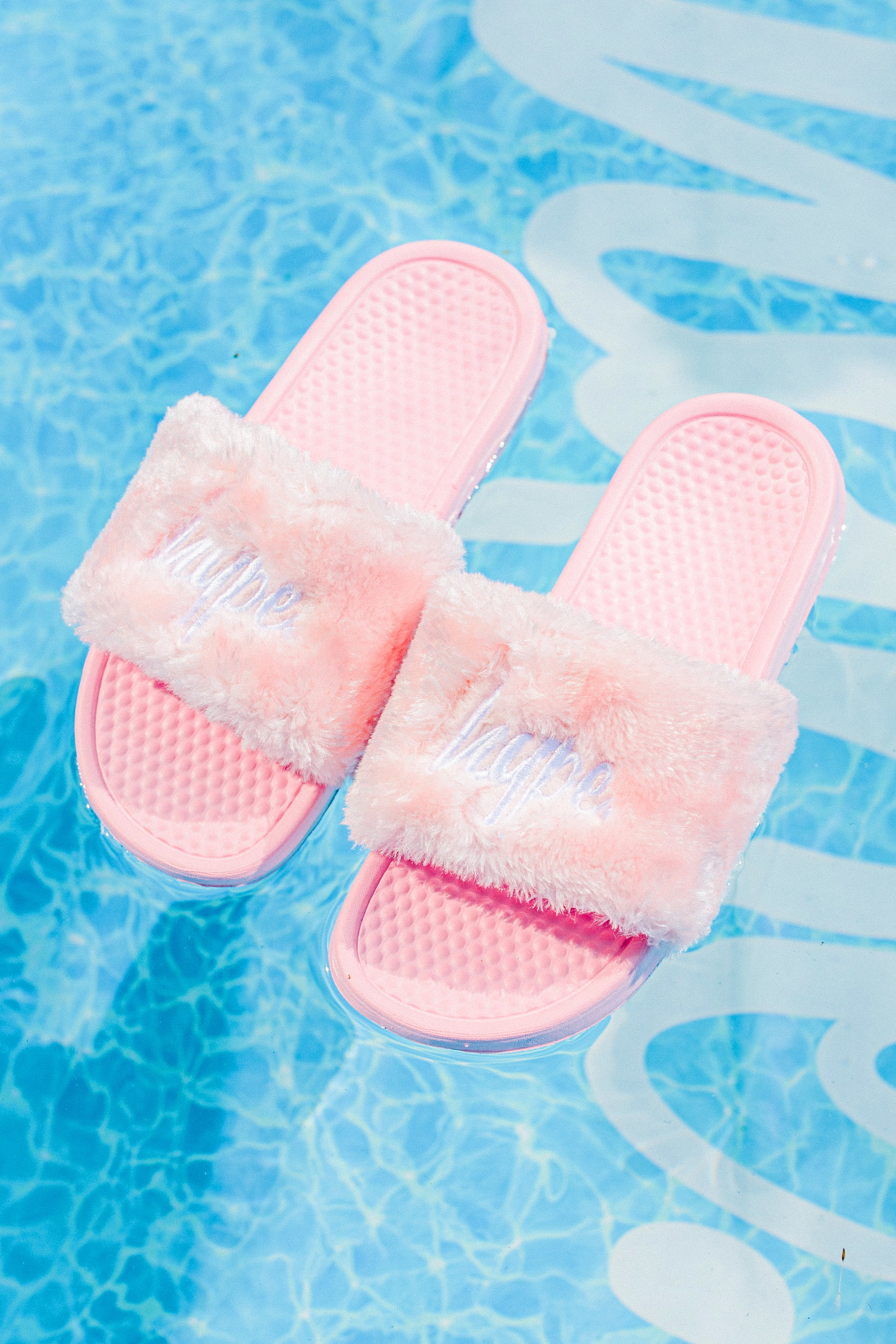 Hype Pink Fluffy Script Sliders | Size 3