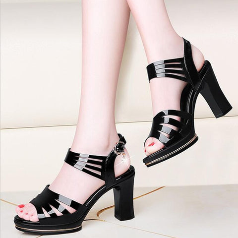 Ladies Fashion Hollow Out Buckle Causal Shoes Sandals