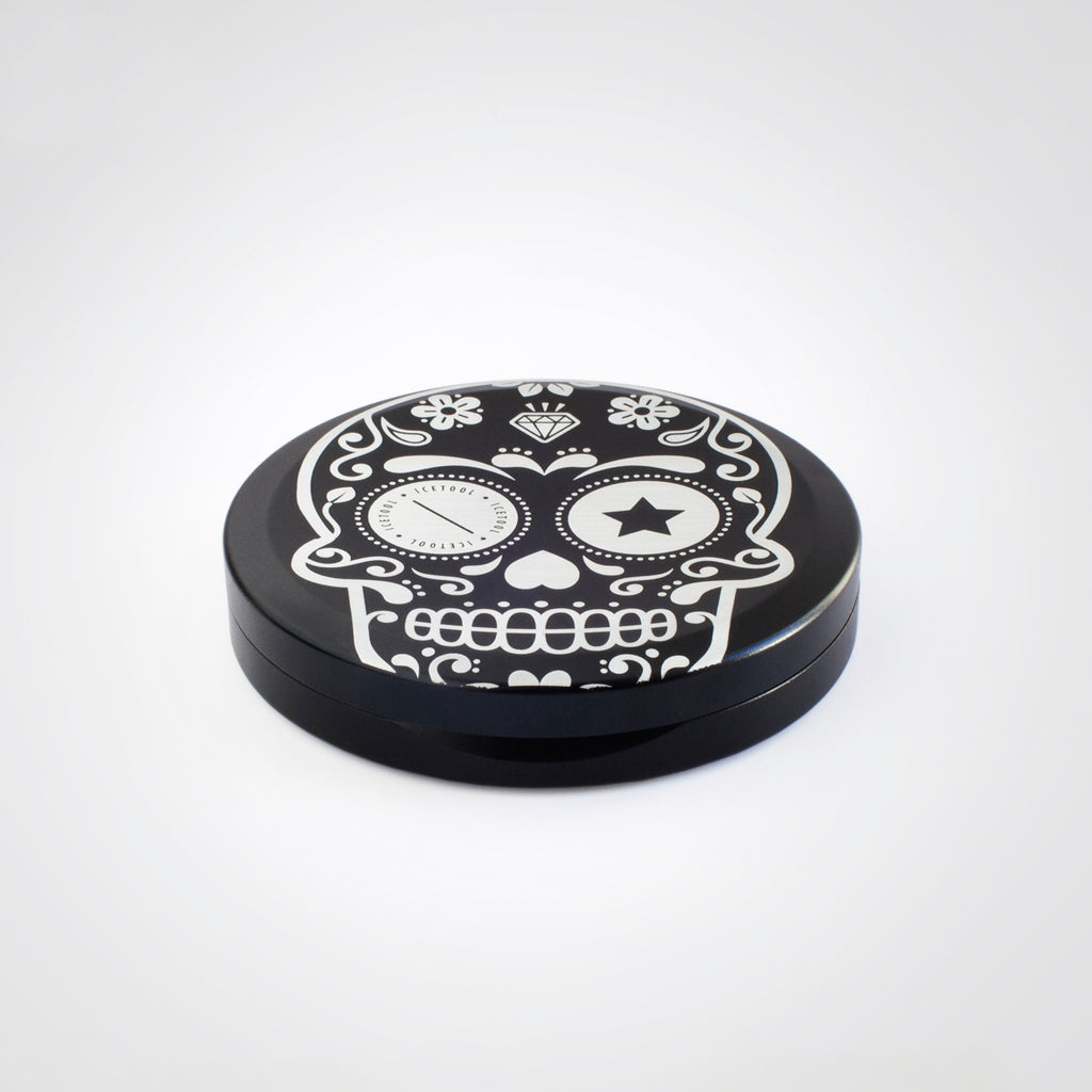 Icetool Slim Can for portion snus and nicotine pouches. Black color anodised aluminum with Sugar Skull graphics..