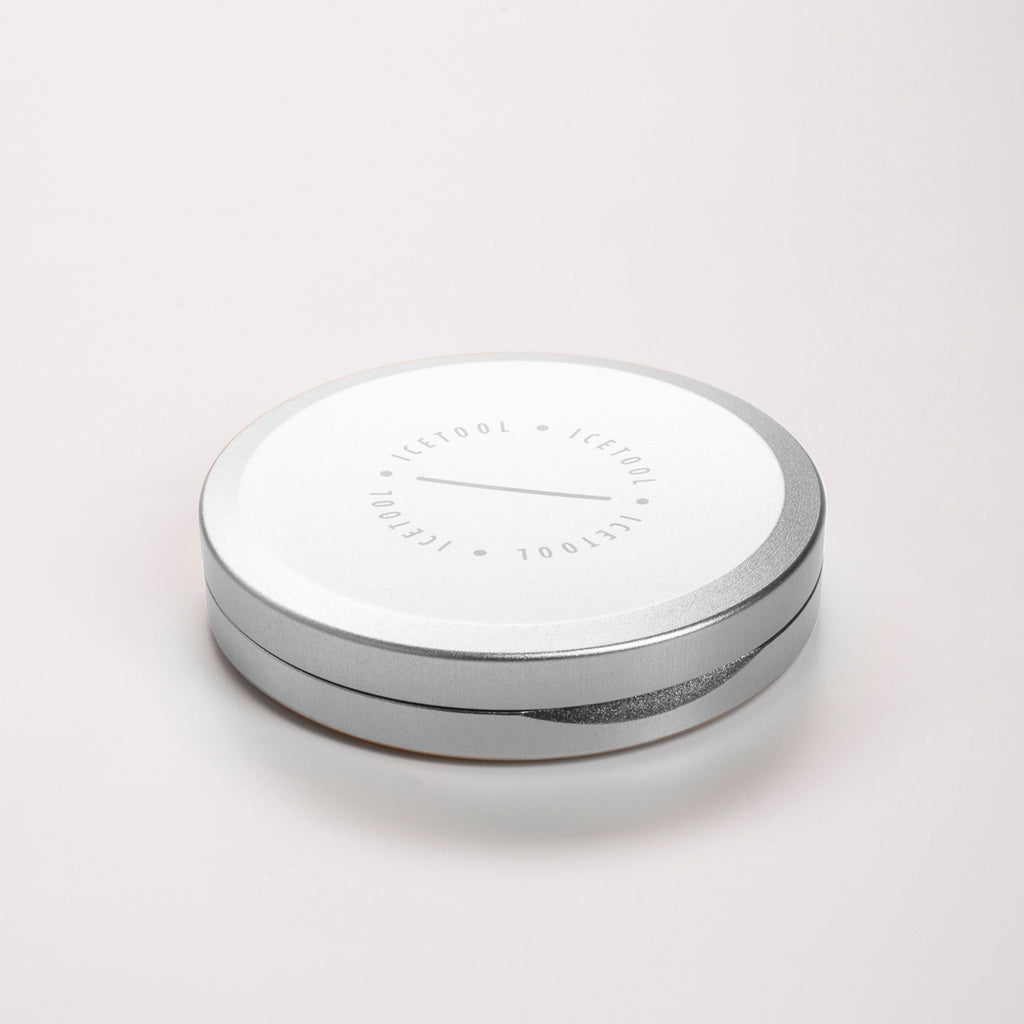Icetool Slim Can for portion snus and nicotine pouches. Silver  color anodised aluminum.