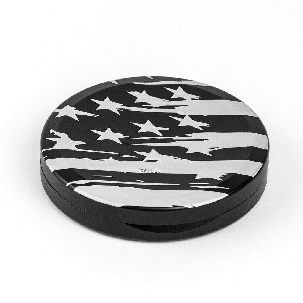 Slim Can Graphic - Black / Americana - aluminium