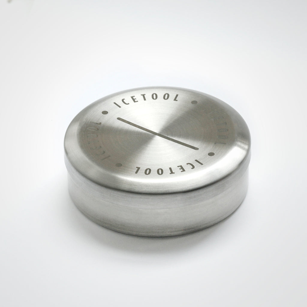 Icetool Tin Can snus container made of strong stainless steel.