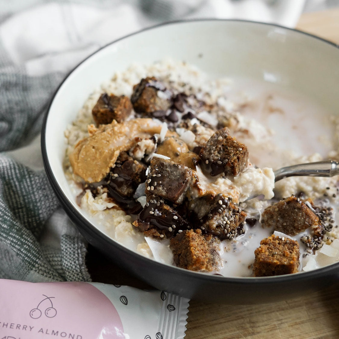 Chocolate Chia Hot Oats