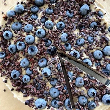 Clean & Raw Blueberry Cheesecake