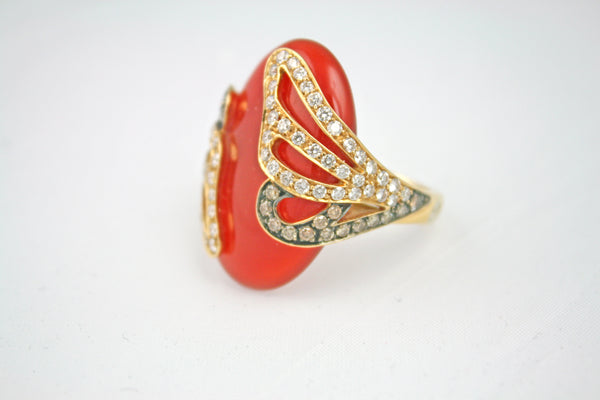 Vintage Cocktail Carnelian Gemstone and Gold Ring with White and Cognac Diamonds