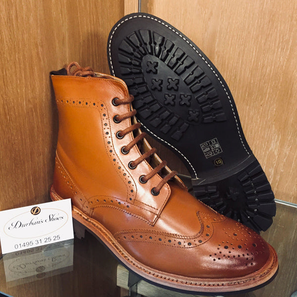Tan brogue boots, commando rubber sole