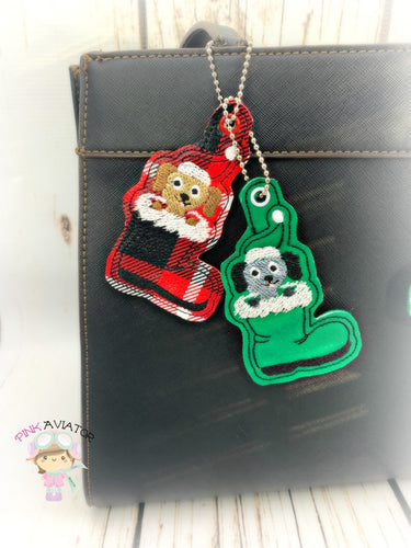Christmas Dog in Boot Snaptab and Eyelet