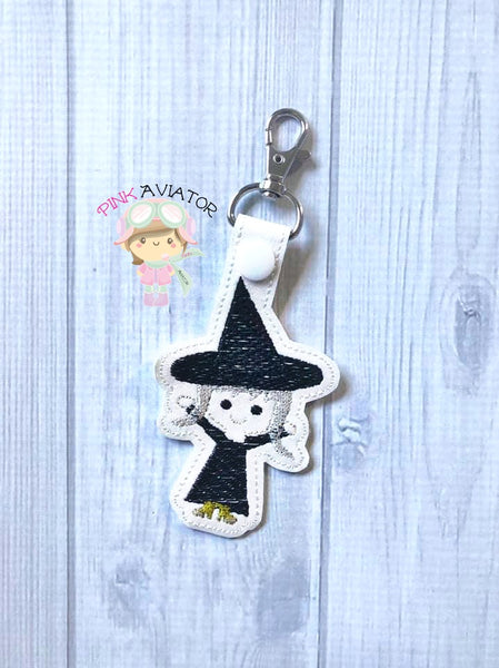 Witch Snaptab and Eyelet