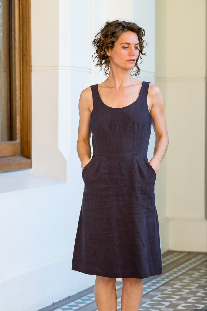 Charlie dress - Japanese washer linen navy