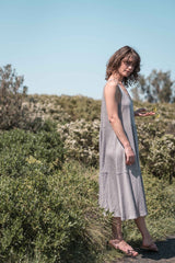 Leila tiered dress / Silver grey