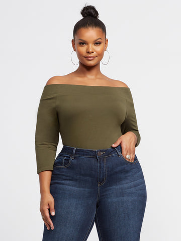 Annie Off Shoulder Tee in Woodland Green