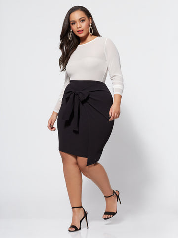 Valencia Bow Detail Skirt in Black