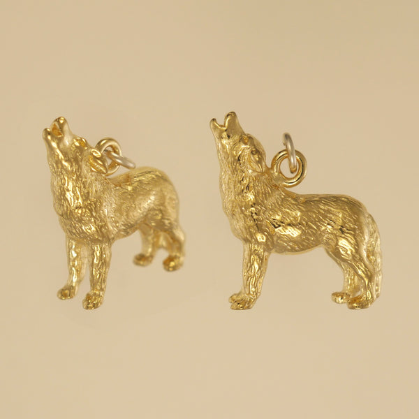 US made gold vermeil howling wolf charm.