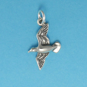 US made sterling silver seagull charm.