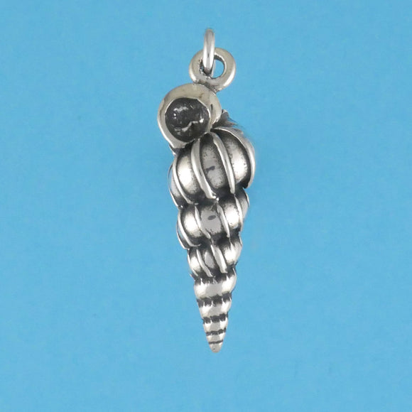 Wentle Trap Shell Charm