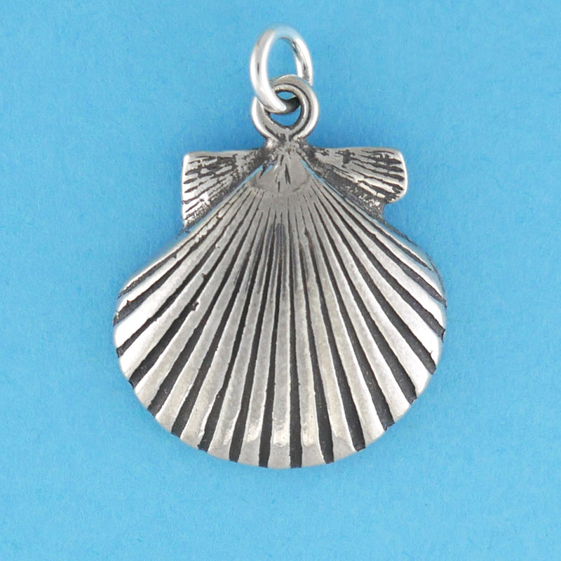 Solid Scallop Charm - Charmworks