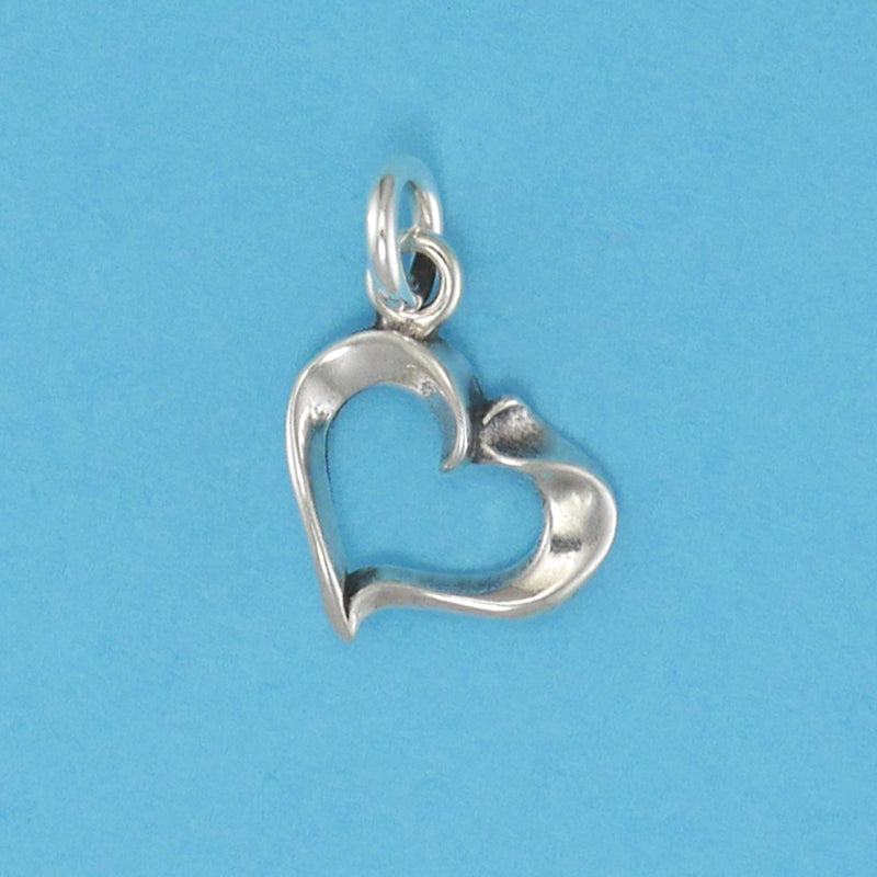 Fluted Heart Charm - Charmworks
