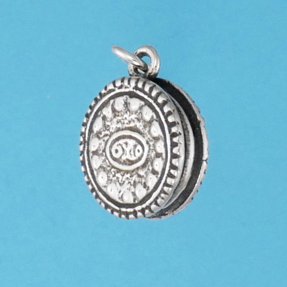 US made sterling silver sandwich cookie charm.