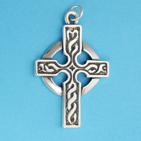Detailed Celtic Cross Pendant - Charmworks