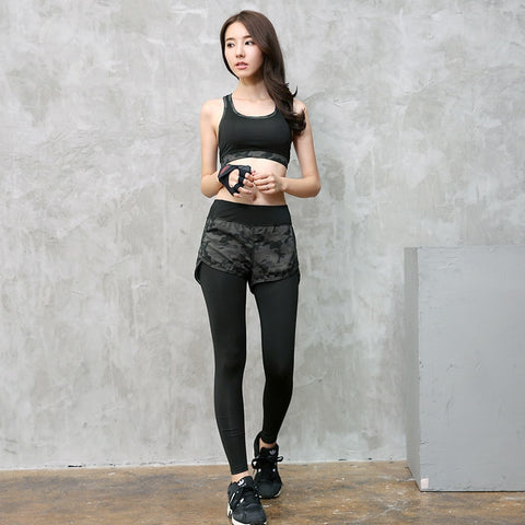 Women Sportswears 3pcs ( Tee + bra + pants )